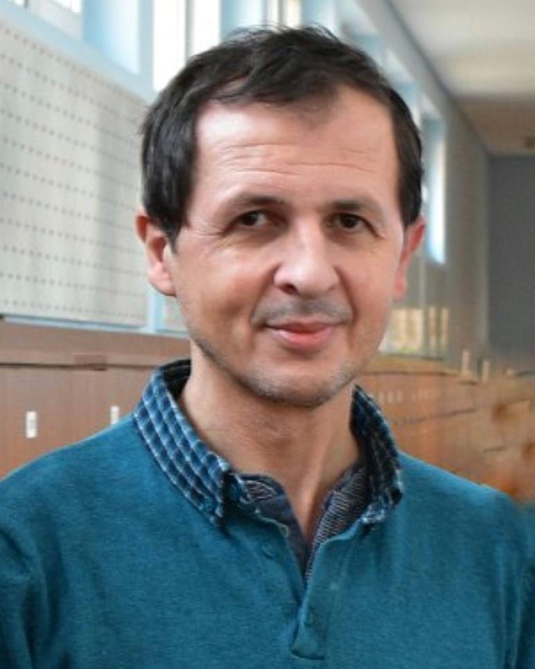 Dr. Bogdan Pătruț